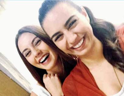 Senyum bahagia, 'Elmas' & Nur