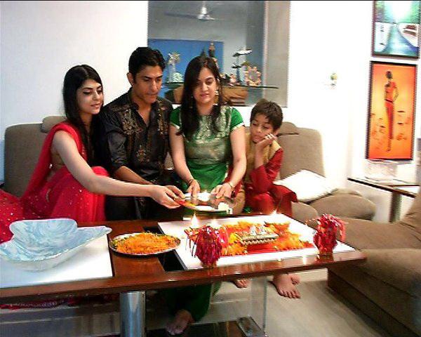 Vikas Bhalla Family