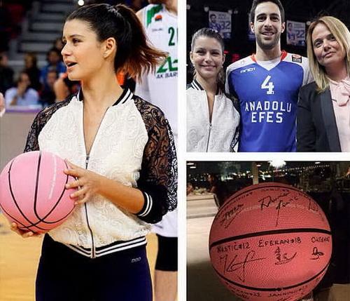 Beren Saat dan Basket