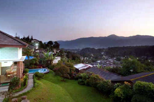 Villa Kece dengan View Keren di Puncak-Dizaz