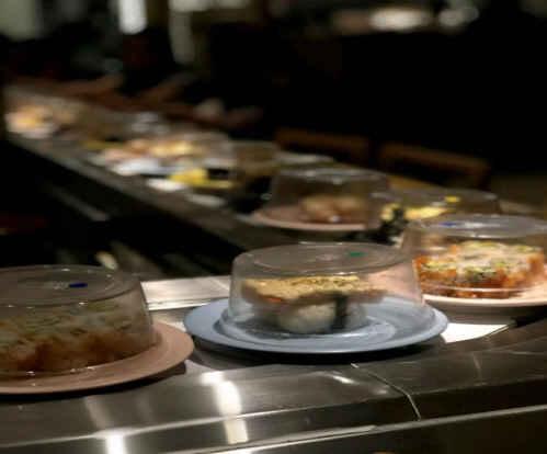 Konsep Restoran Sushi Tei